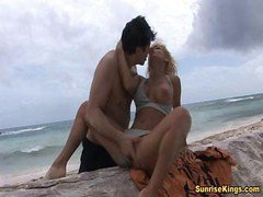 Blowjob, Beach, Facial, Beach voyuer, Drtuber.com