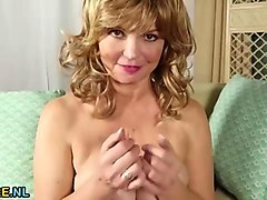 Mature woman and young boy, Sunporno.com